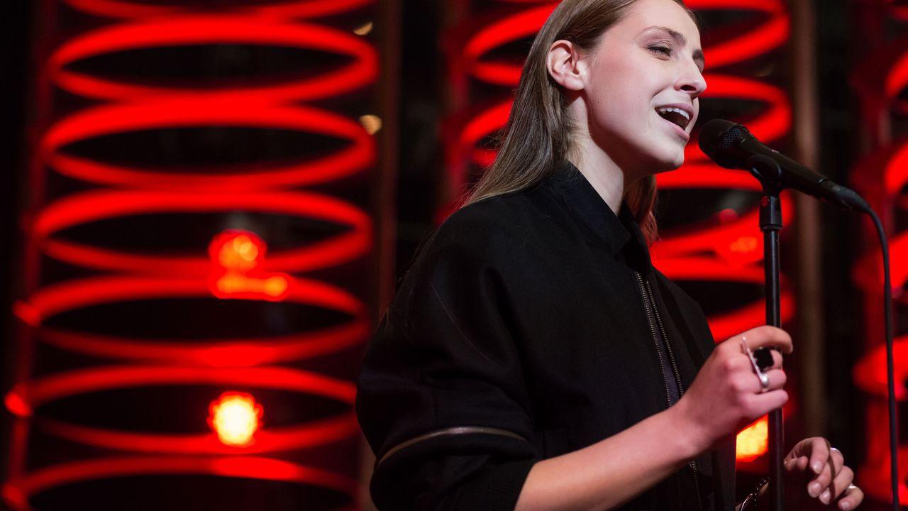 Laura Groeseneken (VRT) (Sennek)